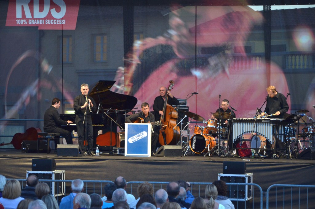 The-Swingers-Orchestra-a-Serravalle-2011